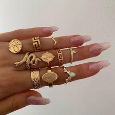 Gold rings Pandora Charms, Jewels, Charmed, Bracelets, Rings, Fashion, Bags, Charm Bracelets, Moda