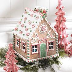 Take a look at this Gingerbread House Décor today! Gingerbread House Parties, Gingerbread Village, Christmas Gingerbread House, Christmas Love, Christmas Treats, Christmas Baking, Christmas Cookies, Christmas Holidays, Christmas Decorations