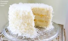 This moist and flavorful Pineapple Coconut Cake consists of homemade pineapple cake layers with a delicious pineapple filling and coconut cream cheese frosting! Pear And Almond Cake, Hazelnut Cake, Almond Cakes, Coconut Cakes, Marzipan, Mini Cakes, Cupcake Cakes, Cake Cookies, Coconut Pineapple Cake
