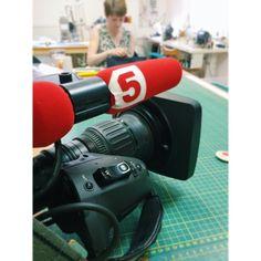А у нас в гостях 5 канал!👻😜 #РаботаемДевочки #leofisherbags #МыШьемКрутыеШтуки #МыВообщеКрутые #vsco #vscocam #vscomoment #5канал #5каналспб #петербург #5каналпетербург