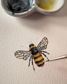 Awww - Zeichnen lernen /Kunst - crafts home Watercolor Painting Techniques, Painting Videos, Watercolour Painting, Watercolors, Bee Painting, Pen And Watercolor, Arte Sketchbook, Bee Art, Art Drawings Sketches