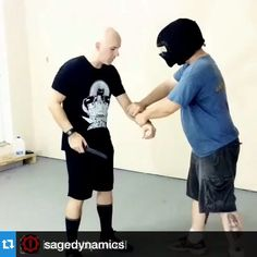 #repost @sagedynamics ---That knife in the face though. @iammattpowell getting ready to drop a full vid on knife work.  Made possible by the @spartantraininggear helmets and suits.  #pramek #spartantraininggear #Weaponized #igmilitia