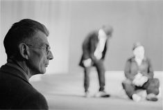 Samuel Beckett during a rehearsal of Waiting for Godot, photo by Roger Pic Samuel Beckett, Photos Des Stars, Drama Fever, Interview, Book Writer, Playwright, Beautiful Mind, Videos, Portrait Photography