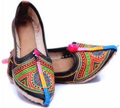 multicolor handcrafted rajasthani mojari