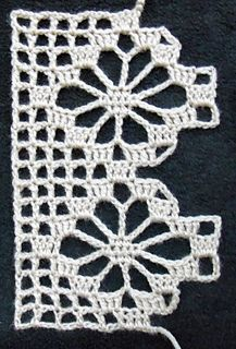 """Spider - Ravelry: Baccaro Lace pattern by A. """"Spider - Ravelry: Baccaro Lace pattern by A."""", single spider motif between"""", """"This stitch can be m Crochet Boarders, Crochet Edging Patterns, Crochet Lace Edging, Lace Patterns, Crochet Squares, Thread Crochet, Crochet Trim, Crochet Doilies, Crochet Flowers"""