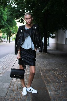 Adidas Superstar my Favorite! Sporty Chic, Sporty Style, Casual Chic, Lookbook Mode, Fashion Lookbook, Kylie, Biker, Oufits Casual, Street Style