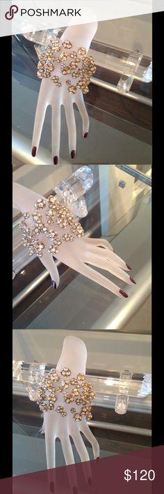 Silver swarovski crystal ball bracelet Beautiful design silver with Swarovski Crystal ball bracelet Jewelry Bracelets