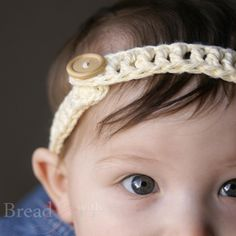 Crochet Headband Pattern, what an adorable idea for a newborn girl with no hair or a toddler with hair in the face. OR ME! I want one.