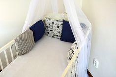 Modrý mantinel do postýlky Toddler Bed, Furniture, Home Decor, Child Bed, Decoration Home, Room Decor, Home Furniture, Interior Design, Home Interiors