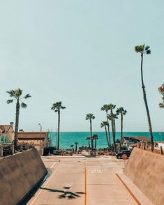 Coastal California is where I want to be - on the beach, under the palm trees, and on the boardwalk California Palm Trees, Oceanside California, Beach Aesthetic, Nature Aesthetic, Summer Aesthetic, Miami, I Love The Beach, Down South, Where To Go
