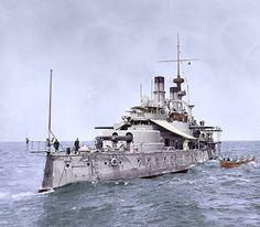 USS Indiana was the lead ship of her class and the first battleship in the US Navy comparable to foreign battleships of the time. (C) Nov 1895 (Early Warships) Naval History, Military History, Uss Indiana, Navy Coast Guard, Us Battleships, Hms Hood, Capital Ship, Us Navy Ships, Armada