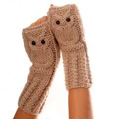 Owl fingerless mittens / gloves /wristwarmers in oatmeal, wool alpaca acrylic yarn blend. $39.00, via Etsy.