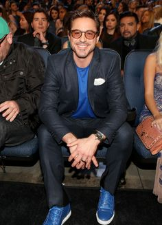 Robert Downey Jr. Photos: Behind the Scenes at the People's Choice Awards