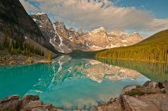 Sunrise of Moraine Lake Prints by gnohz - AllPosters.ca
