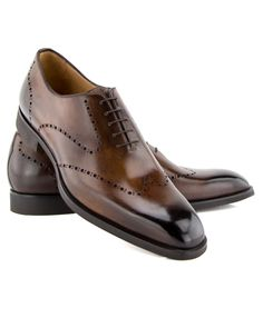 Di Bianco ZenZero Wingtip Loafer Burnished leather loafer Perforated wingtip and heel Rubber sole 5 eyelets 8mm sole Handmade in Italy