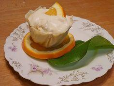Orangen - Mascarpone Creme im weißen Schokoladenbettchen, ein gutes Rezept aus der Kategorie Dessert. Bewertungen: 6. Durchschnitt: Ø 3,6.