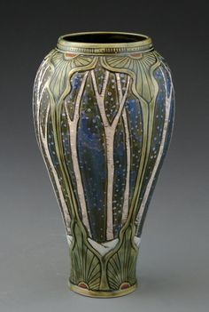 Illustrated imaginarium — Art Nouveau Pottery by Stephanie Young (Calmwater. Roseville Pottery, Pottery Vase, Ceramic Pottery, Motifs Art Nouveau, Art Nouveau Design, Design Art, Glass Ceramic, Ceramic Art, Belle Epoque