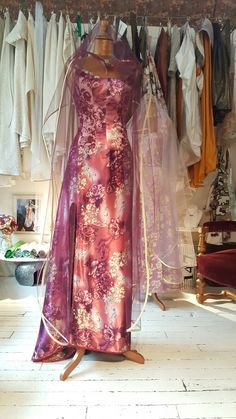 une robe fluide couleurs myrtilliesque