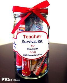 Great way to celebrate teachers! Give them a fun survival kit with a collection of cute items! # DIY Gifts for teachers Teacher Survival Kit Schul Survival Kits, Survival Kit For Teachers, Survival Supplies, Survival Skills, Survival Prepping, Welcome Back Teacher, Back To School Teacher, Welcome Back Gifts, New Teacher Gifts