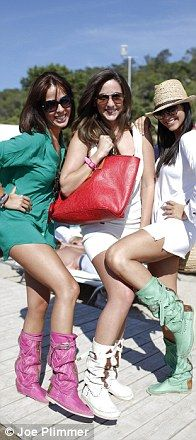 The hottest trend in Ibiza, Hector Boots! I love the mint green on the right but it isn't in the website catalogue. They wear these on the beach!