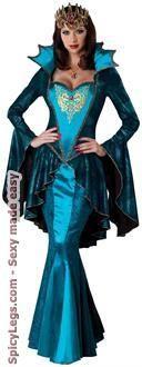 Medieval Queen Adult Costume