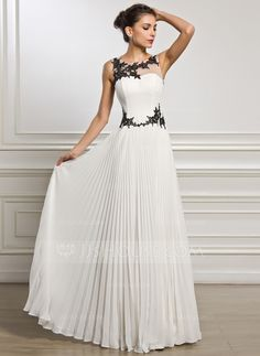 A-Line/Princess Scoop Neck Floor-Length Chiffon Tulle Evening Dress With Appliques Lace Pleated (017051628)