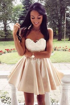 Cute Sweetheart Lace Applique Short Prom Dress Homecoming Dress PG171