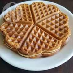 Get that waffle iron to work with this easy waffle batter recipe; the hardest bit is working out what to put on top of it when cooked, I personnaly like maple syrup, strawberries and cream. Waffle Batter Recipe, Waffle Recipes, Cake Recipes, Netherlands Food, Homemade Waffles, Belgian Waffles, Recipe Mix, Dutch Recipes, Pureed Food Recipes