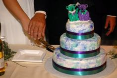 Our tie-dyed Grateful Dead wedding cake :)