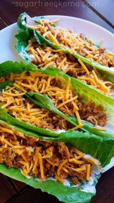 "Carb free tortilla Quest Low Carb Shredded Chicken Tacos Comments: ""I never thought about using lettuce like that! Great idea. Also, another low carb recipe for shredded chicken tacos."" ""Ground beef can be used as well."" ""Chicken breast (however many you want) 1-2 packets of taco seasoning (depending on how much chicken you have) Large romaine lettuce leaves Taco fixins of your choice"""