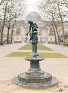 'Enfant offrant à boire' d' Alphonse de Tombay (1898) Parc de Bruxelles/Warandepark, Brussels