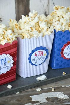 Nothing better than home-popped popcorn! So simple to make the cute labels. Just use Avery full-sheet labels, print, cut and stick.  Or use Avery round labels and design your own fun Fourth of July theme for free at avery.com/print.