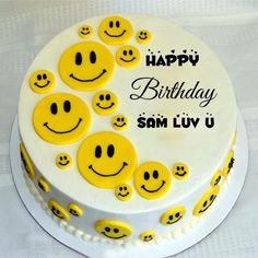 Cute Smiley Yellow Birthday Cake Himanshu With Your Name.Print Name on Smiley Cake.Happy Birthday Yellow Cake Pics With Name For Whatsapp DP Picture.Name Birthday Cake Yellow Birthday Cakes, Funny Birthday Cakes, Birthday Wishes Cake, Happy Birthday Name, Funny Cake, Birthday Cake Write Name, Fruit Birthday, Birday Cake, Cake Name Edit