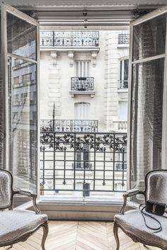 "shinebythree: ""New at http://shinebythree.com/2015/09/sunday-paris-onefinestay/ - Mondayitis in Paris """