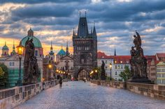 Charles Bridge morning | This one is taken early morning on … | Flickr
