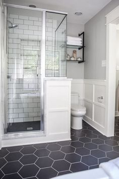80 Contemporary Bathroom Shower Design Ideas - Page 12 of 85 Classic Bathroom, Small Bathroom Decor, Shower Remodel, Master Bathroom Decor, Bathroom Remodel Shower, Bathrooms Remodel, Small Remodel, Classic Bathroom Design, Contemporary Bathroom