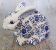 the catalog of china products Blue And White China, Blue China, Love Blue, Blue Dishes, Talavera Pottery, Blue Rooms, Blue Plates, China Patterns, White Decor