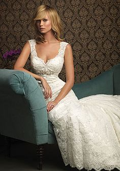 Lace A-line Straps With Beads Floor-length Chapel Train Wedding Dress picture 3