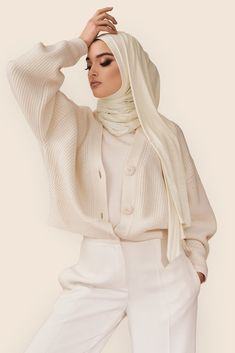 Not your ordinary jersey hijab. Our cult-favorite premium jersey is super-soft, effortless and made to last. It comes in a must-have ivory color that's infinitely versatile. Say hello to your new go-to. Stylish Hijab, Modest Fashion Hijab, Modern Hijab Fashion, Muslim Women Fashion, Fashion Outfits, Hijab Fashion Style, Hijab Fashion Summer, Hijab Style Tutorial, Outfit Look