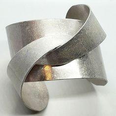 Futuristic Metallic Silver Tone Modern Knot Cuff Bracelet #Unbranded #Cuff 90s Jewelry, Futuristic, Knots, Cuff Bracelets, Metallic, Modern, Silver, Ebay, Trendy Tree