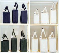 今年、東京でウワサになったCHACOLIを知っていますか。 | casabrutus.com Clutch Purse, Interior Design Living Room, Purses And Bags, Fashion Accessories, Blue And White, Tote Bag, Stuff To Buy, Design Ideas, Teacher