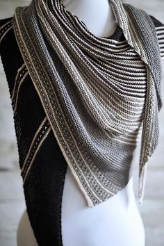 http://www.ravelry.com/projects/AniaBKnits/test-knit-drachenfels