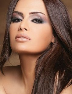 Smokey pink & black eyes with nude lipstick