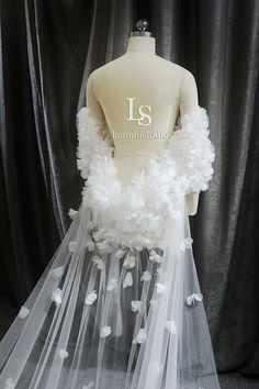 Wedding Veil, Wedding Dresses, Girls Dresses, Flower Girl Dresses, Tulle, Bridal, Skirts, Fashion, Bride Dresses