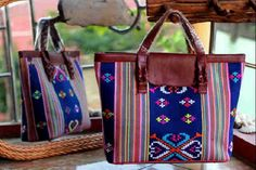 #tenun #buna #indonesia #woman #fashion #bag