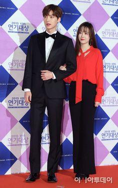 Eugene Korean actresses posing on the 2015 KBS Drama Awards red carpet. Blood Korean Drama, Korean Drama Stars, Korean Star, Korean Actresses, Korean Actors, Actors & Actresses, Asian Actors, Boys Before Flowers, Boys Over Flowers