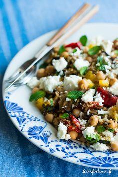 Salade d'Épeautre aux Légumes Grillés, Fêta, Menthe et Pois Chiche - Food for Love
