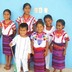 mexicanitos chiquitos del Estado de Oaxaca