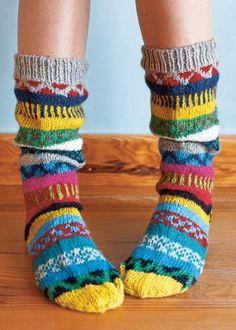 Socks can be fun. / An entry from le petit trianon. Knitting Socks, Hand Knitting, Knit Socks, Finger Knitting, Vetements Shoes, Funky Socks, Colorful Socks, Cozy Socks, Sock Shoes