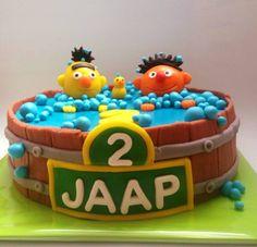 Taart bestellen bij Zoet aan de Werf in het cenrum van Utrecht Toy Chest, Birthday Cake, Cupcakes, Utrecht, Desserts, Birthday Cakes, Cupcake, Deserts, Dessert